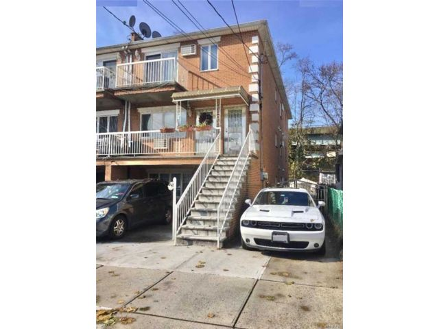 9 BR,  3.50 BTH Colonial style home in Dyker Heights