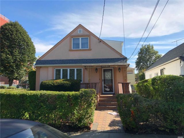 4 BR,  2.00 BTH 2 story style home in Rochdale
