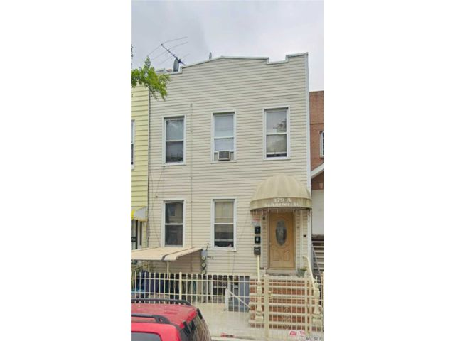 7 BR,  6.00 BTH  Other style home in East New York