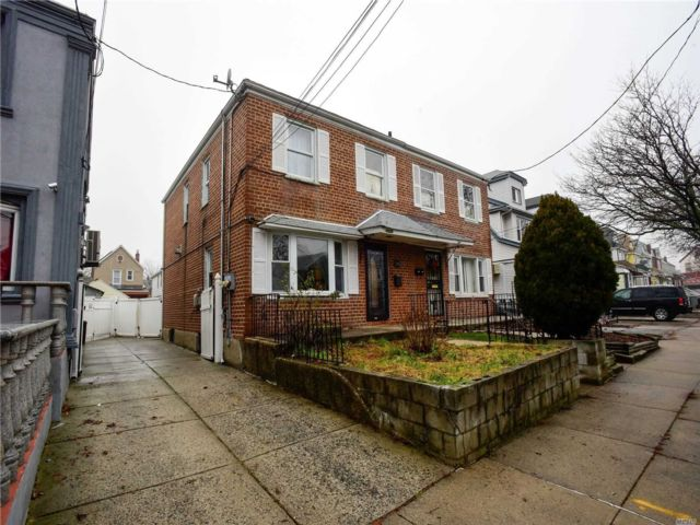 4 BR,  2.50 BTH  Hi ranch style home in South Ozone Park