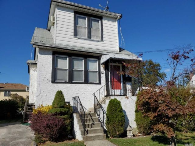 2 BR,  1.50 BTH  Colonial style home in Valley Stream