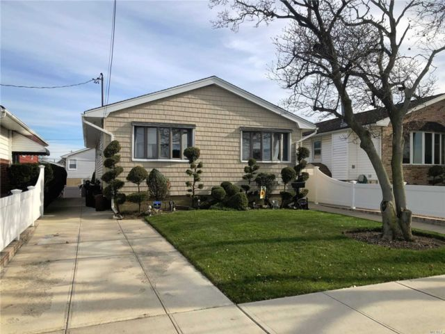 [Howard Beach Real Estate, listing number 3101815]