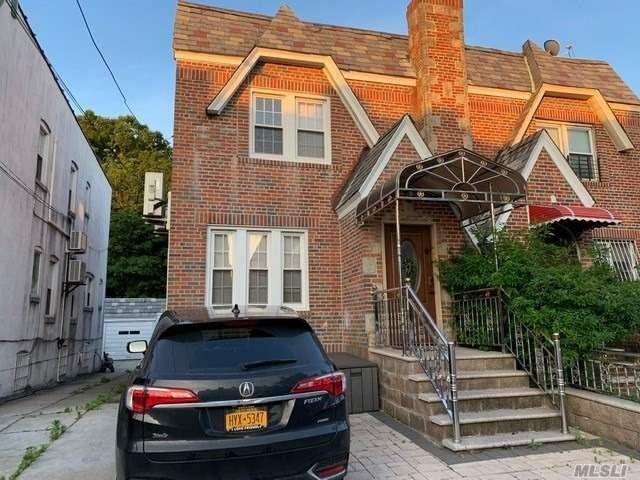 [Rego Park Real Estate, listing number 3101883]