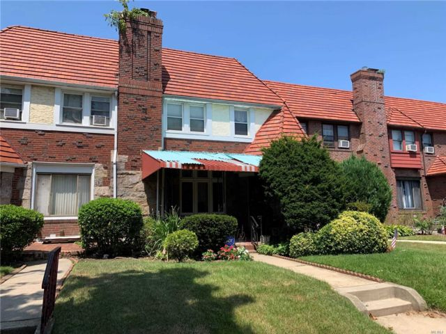 3 BR,  1.50 BTH Tudor style home in Cambria Heights