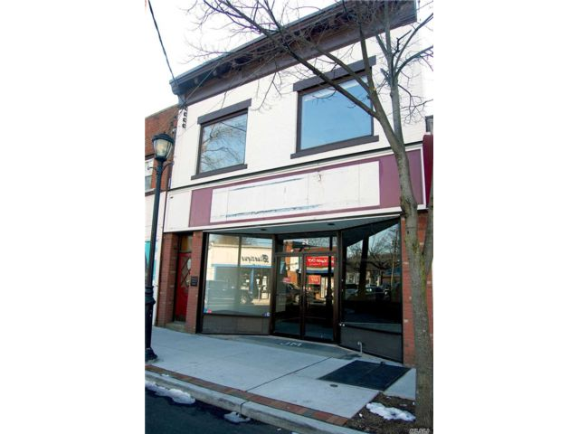 Studio,  0.00 BTH Small stores style home in Port Washington
