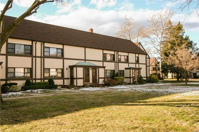 1 BR,  1.00 BTH Co-op style home in Garden City