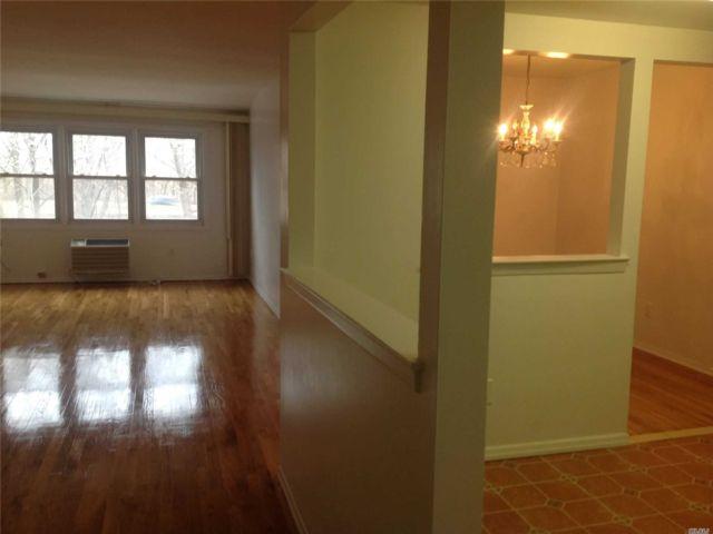 [Bayside Real Estate, listing number 3102750]