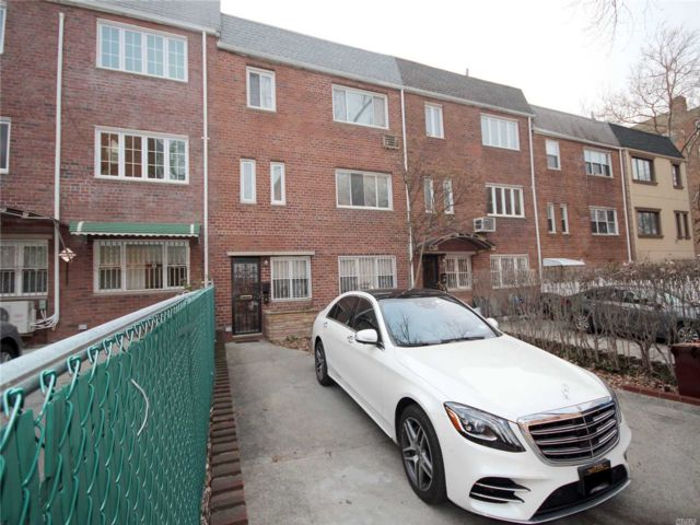 [Flushing Real Estate, listing number 3102971]
