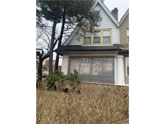 3 BR,  1.00 BTH Colonial style home in Yonkers
