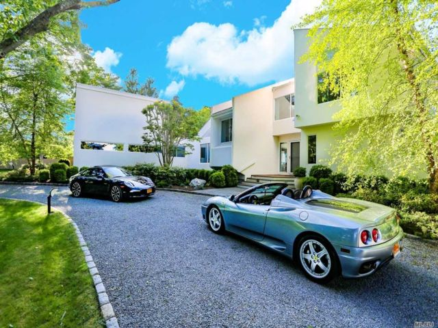 5 BR,  6.50 BTH  Contemporary style home in Remsenburg