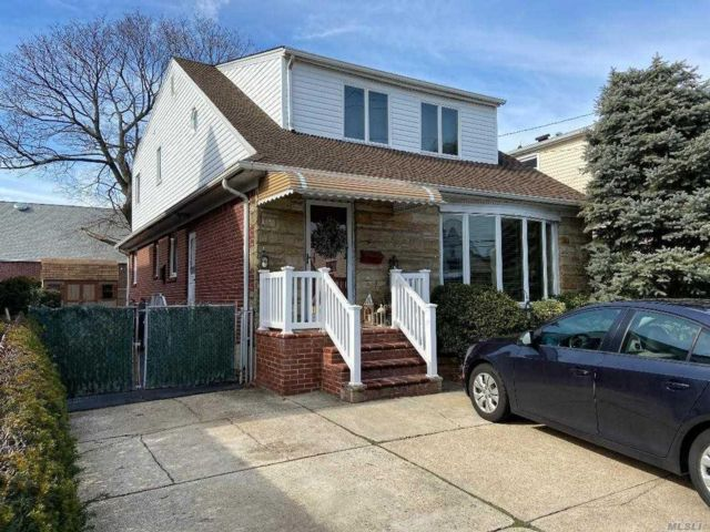[New Hyde Park Real Estate, listing number 3103938]