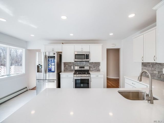 4 BR,  2.00 BTH Exp ranch style home in East Patchogue