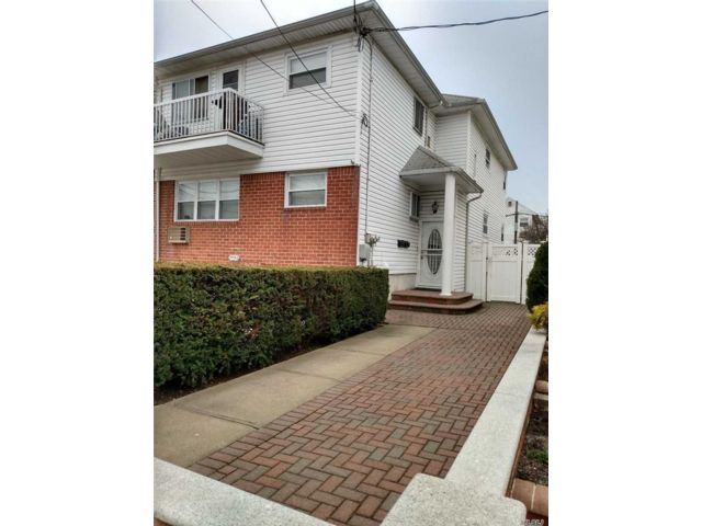 [Howard Beach Real Estate, listing number 3104474]