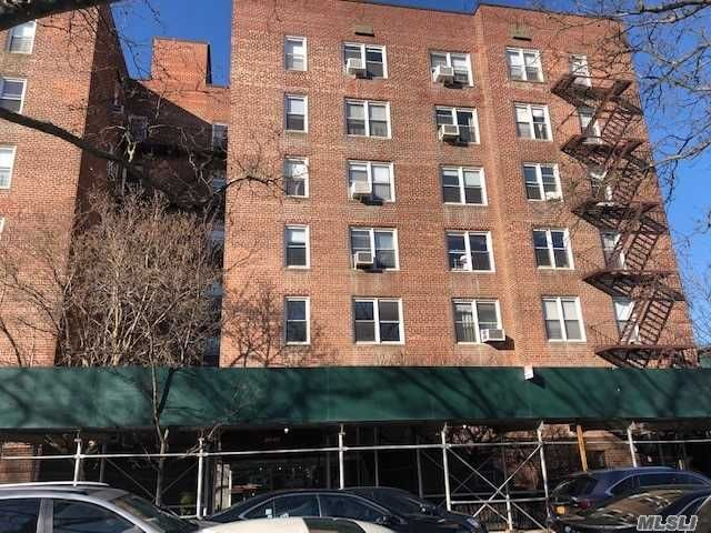2 BR,  2.00 BTH Co-op style home in Jackson Heights