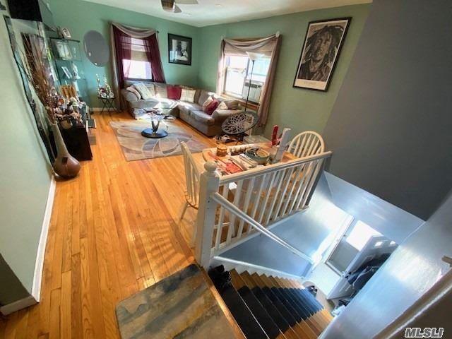 2 BR,  1.00 BTH Garden apartmen style home in Bayside