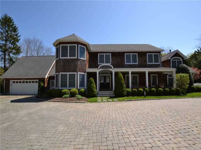 5 BR,  7.50 BTH  Post modern style home in Westhampton