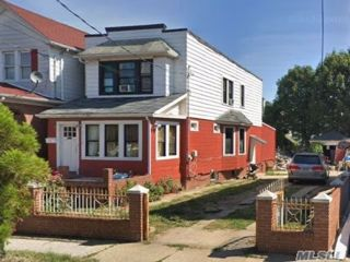 4 BR,  2.00 BTH 2 story style home in Flatlands