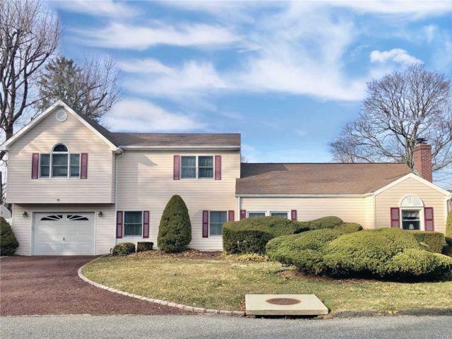 [Huntington Real Estate, listing number 3105104]
