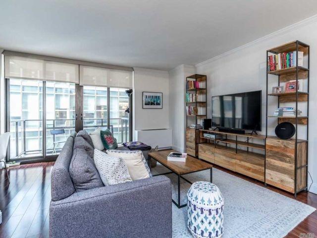 1 BR,  2.00 BTH Condo style home in NYC - Lincoln Square