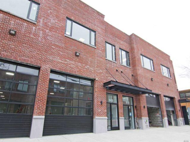 Studio,  0.00 BTH Warehouse style home in Astoria