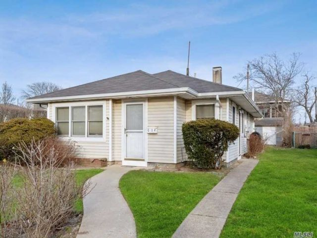 [Long Beach Real Estate, listing number 3105883]