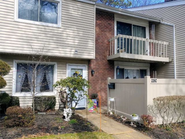 2 BR,  1.50 BTH  Condo style home in Holbrook