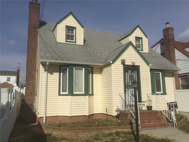3 BR,  2.00 BTH Cape style home in Laurelton