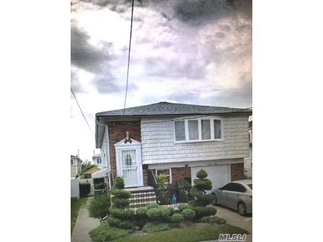 [Howard Beach Real Estate, listing number 3106334]