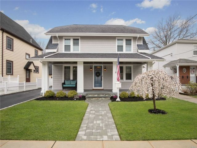 4 BR,  1.50 BTH  Colonial style home in Lynbrook