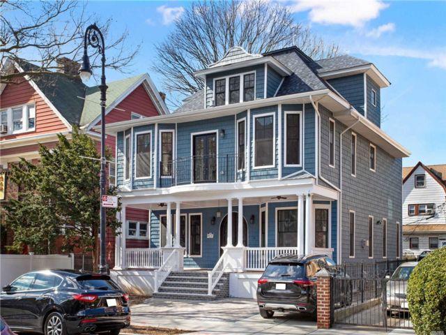 6 BR,  3.56 BTH Victorian style home in Flatbush