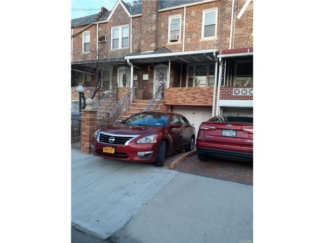 2 BR,  2.00 BTH Townhouse style home in East Flatbush