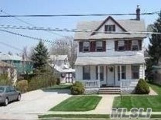 1 BR,  1.00 BTH Apt in house style home in Lynbrook