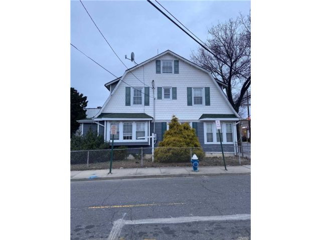 Studio,  0.00 BTH Apt house style home in Lynbrook