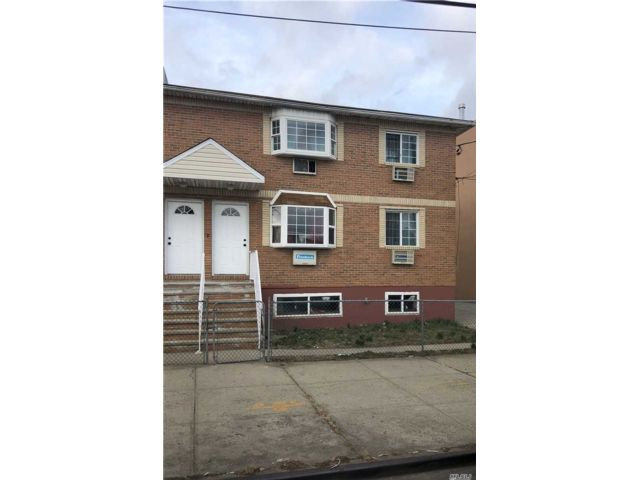 8 BR,  4.00 BTH  Colonial style home in South Ozone Park