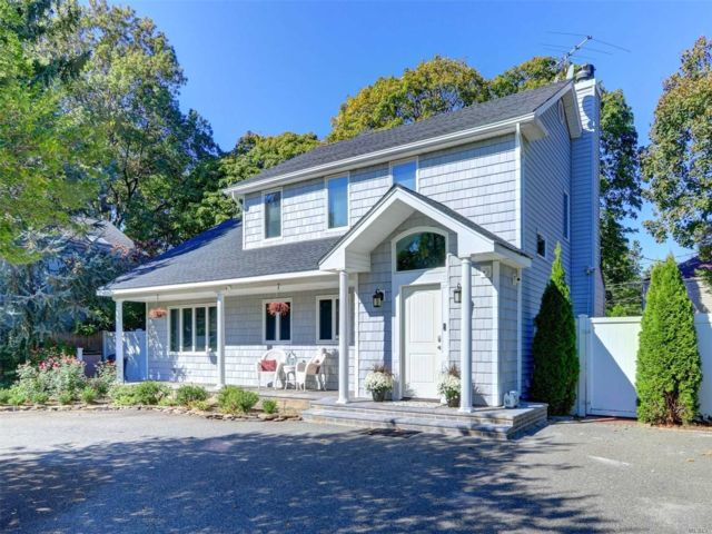 [Westbury Real Estate, listing number 3107377]