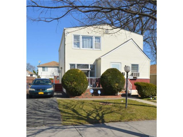 4 BR,  3.00 BTH  Contemporary style home in Springfield Gardens
