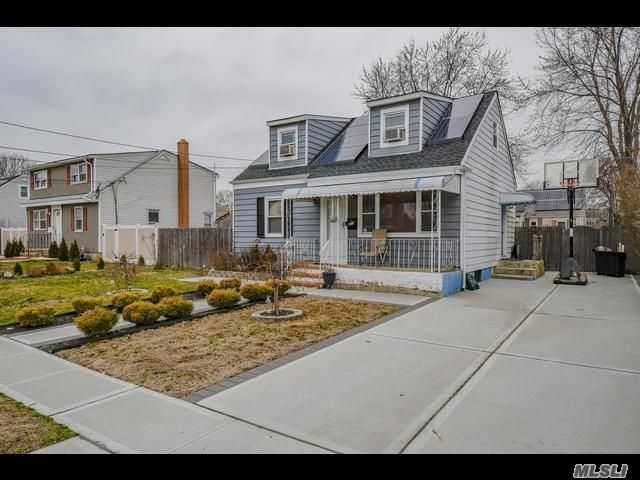 [Copiague Real Estate, listing number 3107508]