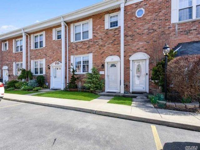 3 BR,  1.50 BTH Condo style home in Baldwin