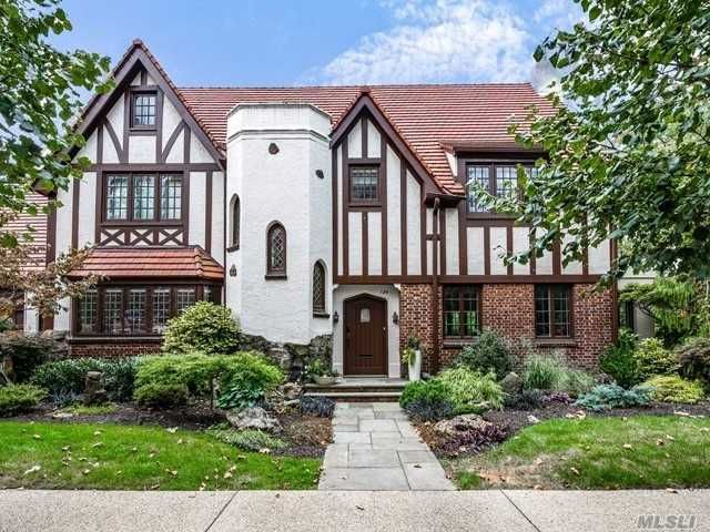 5 BR,  5.00 BTH  Tudor style home in Forest Hills