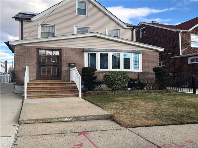 [Cambria Heights Real Estate, listing number 3108974]