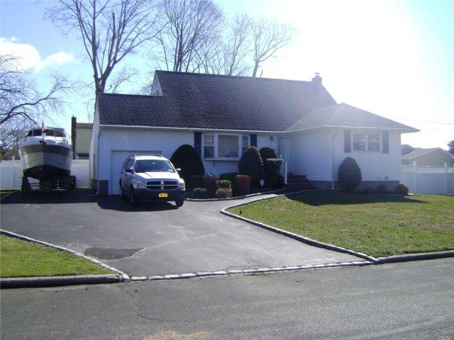 [West Babylon Real Estate, listing number 3109142]