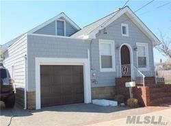 3 BR,  1.00 BTH Cottage style home in Lido Beach