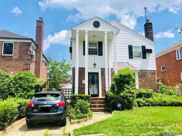 3 BR,  4.00 BTH  Colonial style home in Hollis