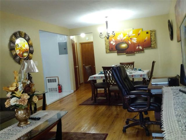 2 BR,  1.00 BTH  Apt in house style home in East Flatbush