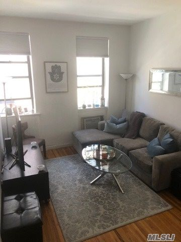 [New York Real Estate, listing number 3109960]