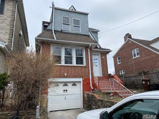[Wakefield Real Estate, listing number 3110032]