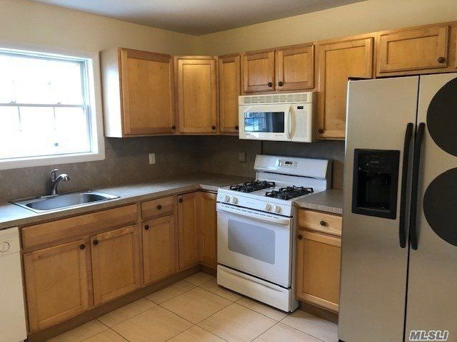 [Long Beach Real Estate, listing number 3110049]