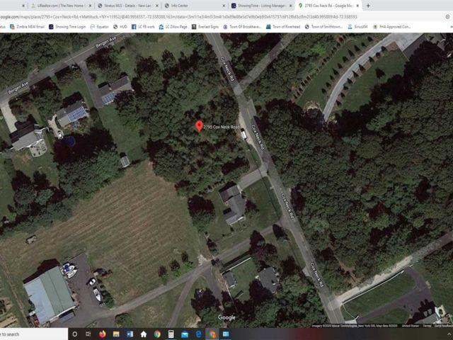 Lot <b>Size:</b> .69  Land style home in Mattituck