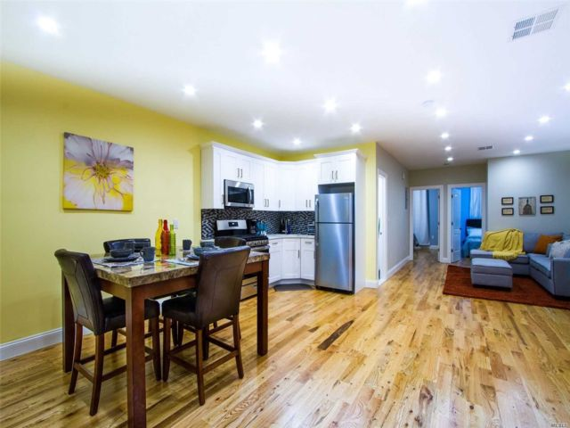 4 BR,  2.00 BTH Townhouse style home in East New York