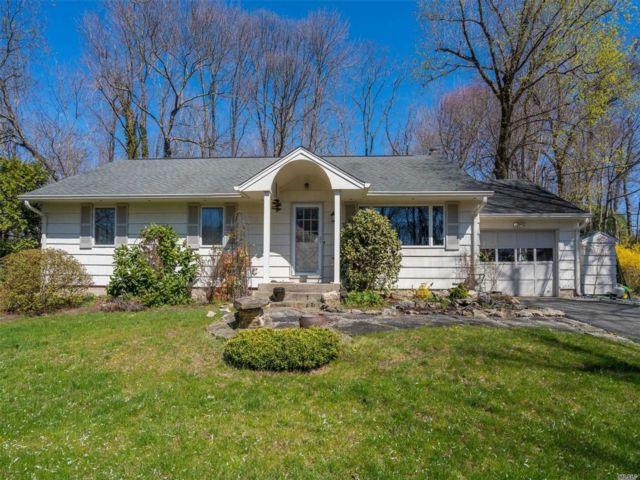 [Stony Brook Real Estate, listing number 3110617]